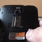 Zenfone2にSAMSUNG製の64GBマイクロSDカードを挿入して認識させる